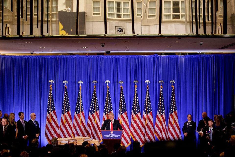 Пресс-конференция проходит в «имперской» Trump Tower
