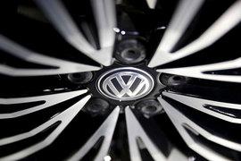 С учетом этого штрафа расходы Volkswagen на урегулирование скандала превысят 18,2 млрд евро ($19,2 млрд), которые компания зарезервировала на эти цели, следует из ее заявления