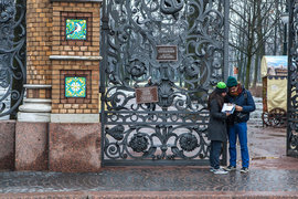 За год турпоток в Петербург вырос на 6%, а в новогодние праздники – на 30%
