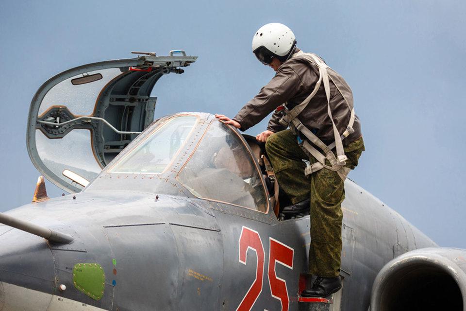 Штурмовики Су-25 дешевле в эксплуатации, чем бомбардировщики Су-24