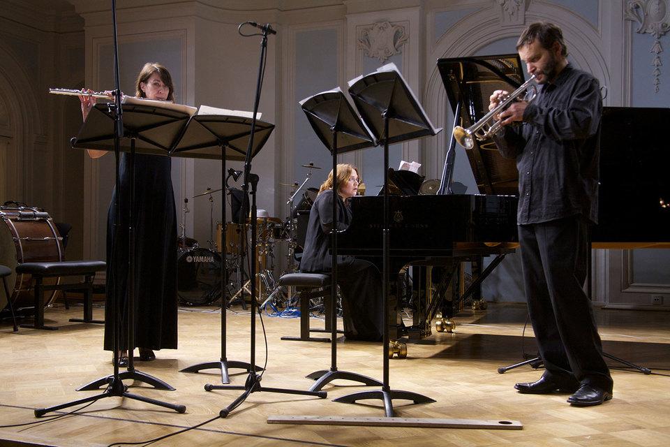 Концерт, прошедший в Рахманиновском зале консерватории, словно говорил: должно быть много абсолютно разной музыки
