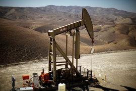 Производители сланцевой нефти запустили свыше 90 буровых установок с тех пор, как в ноябре страны ОПЕК договорились об ограничении нефтедобычи