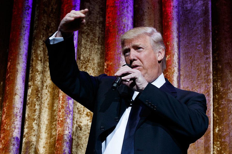 Трамп сказал, что США, возможно, потребуется «снизить курс доллара», если изменение налоговой политики приведет к его росту