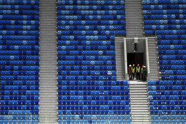 Стадион рассчитан на 68 000 зрителей, общая площадь – около 280 000 кв. м.