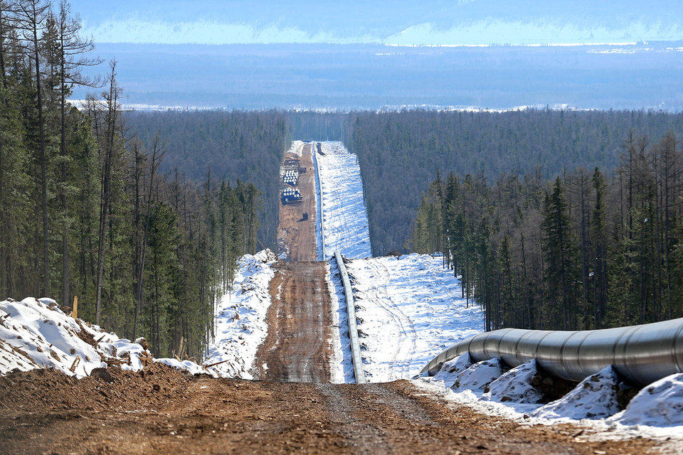 «Газпрому» придется привлекать заемные средства в этом году, считают эксперты