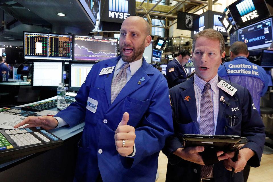 После месячного топтания на месте фондовый рынок США устремился к новым высотам
