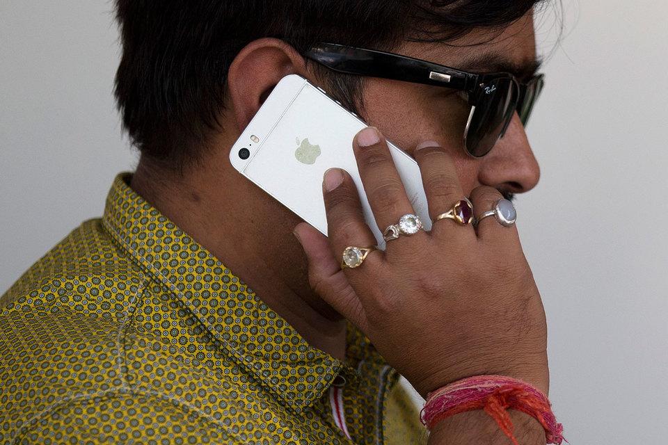 Индийский рынок смартфонов бурно растет, при этом на долю iPhone там приходится менее 5%