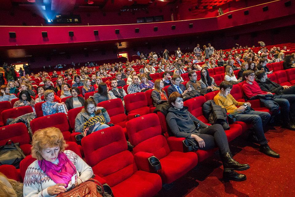 В 2016 г. в России открылось на порядок больше кинотеатров, чем закрылось