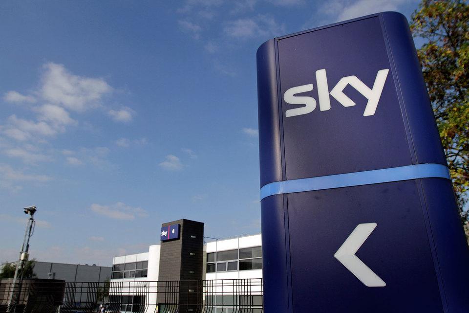 Покупка прав на показ матчей английской футбольной премьер-лиги не помогла Sky