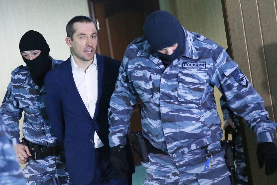 Управление МВД, где работал полковник Дмитрий Захарченко, реорганизовано, а большая часть его сотрудников будет уволена