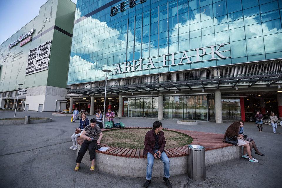 Газпромбанк оказался не только кредитором одного из крупнейших в Европе торгово-развлекательных центров (ТРЦ) – «Авиапарка» на Ходынском поле, но и его совладельцем