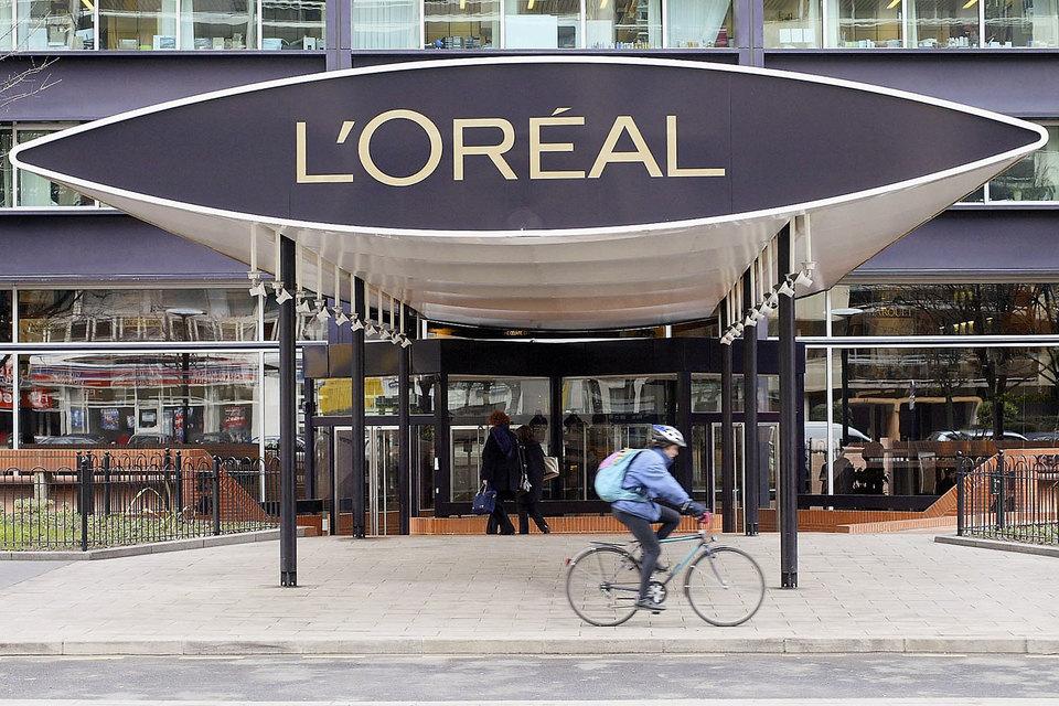 В прошлом году компания L'Oreal приняла стратегию цифровой трансформации бизнеса