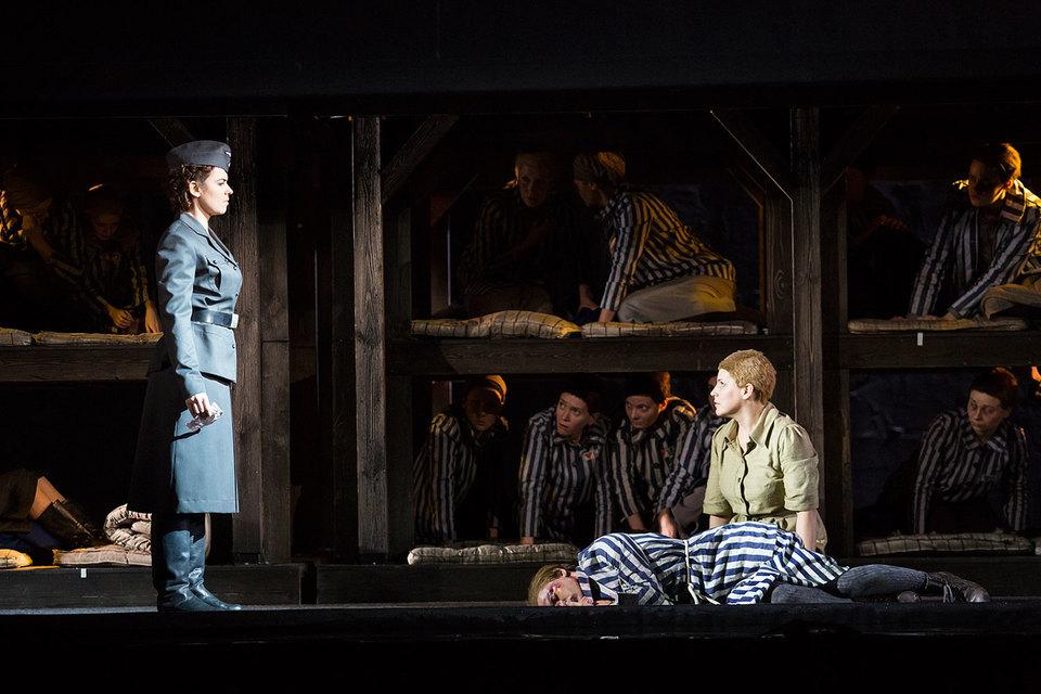 Валерия Пфистер (немка Лиза) и Наталия Креслина (полька Марта) сыграли антагонисток