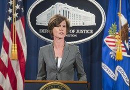 Йейтс узнала об отставке из письма, Трамп не вызывал ее к себе, сообщает CNN со ссылкой на источник в Белом доме