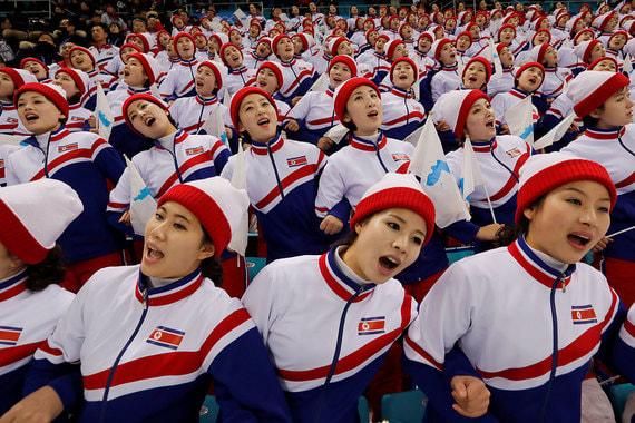 15 февраля 2018 г. Северокорейская группа поддержки на Олимпийских играх в Пхёнчхане