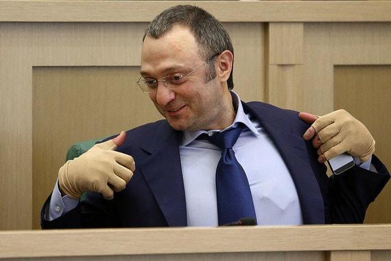 Близкий к Керимову фонд инвестировал около $100 млн в бонды Промсвязьбанка
