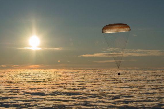 28 февраля 2018 г. Cпускаемая капсула корабля «Союз МС-06» с экипажем 53/54-й экспедиции на МКС приземлилась в Казахстане