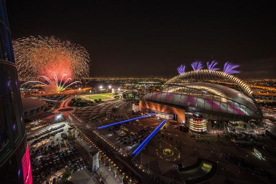 Он был построен в 1976 г., в мае  2017 г. открыт после глубокой реконструкции (на фото: финал Кубка Катара  по футболу 2017 г.)