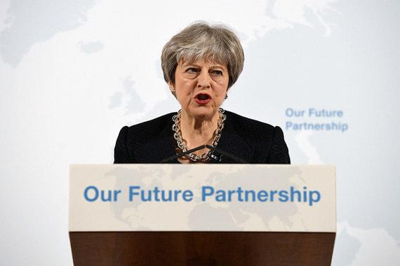 В понедельник 12 марта премьер-министр Великобритании Тереза Мэй не исключила, что Россия виновна в отравлении Скрипаля, назвав эту версию «очень вероятной»
