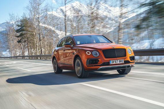 Bentley Bentayga V8: меньше, да лучше