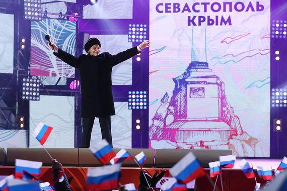 Актер Василий Лановой на митинге-концерте на Манежной площади