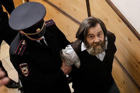 Оппозиционер Сергей Мохнаткин приговорен к реальному сроку по обвинению в избиении двух  полицейских 31 декабря 2013 г. на акции сторонников Эдуарда Лимонова  «Стратегия-31»