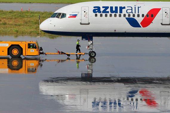 Azur Air первой переведет самолеты в российский реестр