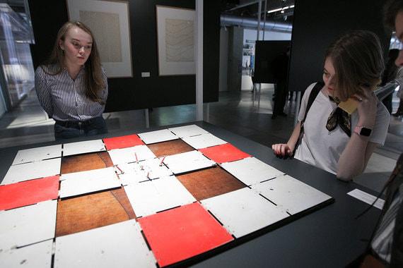 Выставки кинетического искусства и «Если бы наша консервная банка заговорила… Михаил Лифшиц и советские шестидесятые» открыты до 9 мая, выставка Андро Векуа – до 17 мая