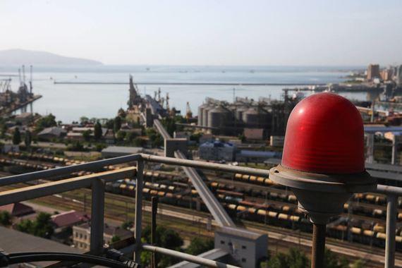 Налоговики предъявили претензии к крупнейшему порту России