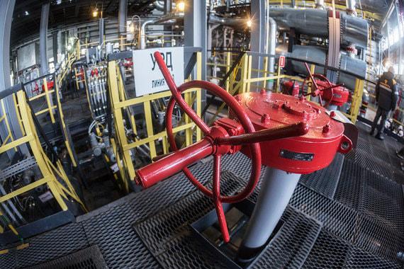 У китайской CEFC остается неделя на выплату 1,5 млрд евро за акции «Роснефти»