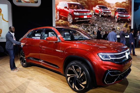 Концепт пятиместной укороченной версии кроссовера Volkswagen Atlas (Teramont для рынков Китая и России) - Cross Sport concept