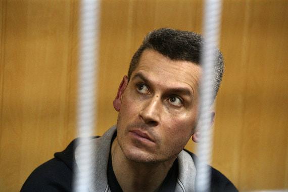 Зиявудин Магомедов в зале суда