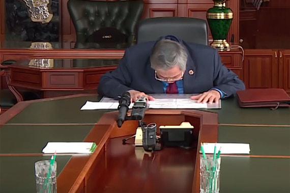 Тулеев подал в отставку с поста губернатора Кемеровской области