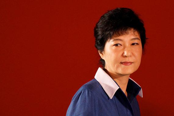 За что экс-президента Южной Кореи приговорили к 24 годам тюрьмы