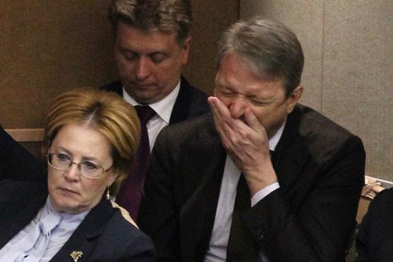 Министр здравоохранения Вероника Скворцова и сельского хозяйства Александр Ткачев