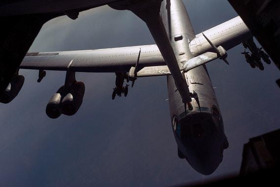 Бомбардировщик В-52