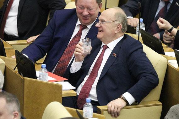 Лидер КПРФ Геннадий Зюганов и председатель комитета Госдумы по аграрным вопросам Владимир Кашин