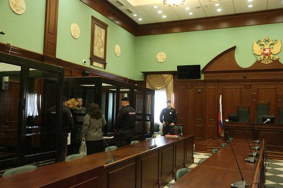 Бывший министр экономического развития России Алексей Улюкаев в Московском городском суде перед рассмотрением апелляции защиты на приговор