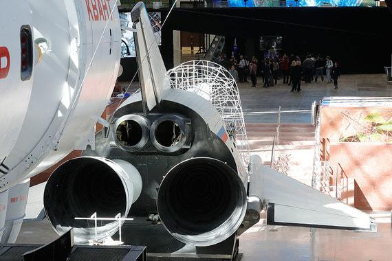 Макет хвостовой части орбитального самолета многоцелевой авиационно-космической системы (МАКС). Первой «ступенью» этого нереализованного проекта должен был стать тяжелый носитель Ан-225 «Мрия»