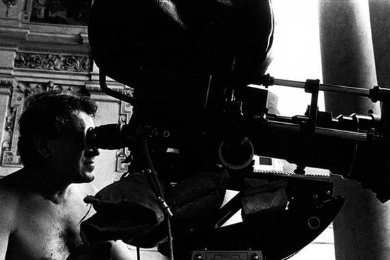 Главным кинематографическим шедевром Формана считается фильм «Пролетая  над гнездом кукушки», снятый в 1975 г. по одноименному роману Кена  Кизи