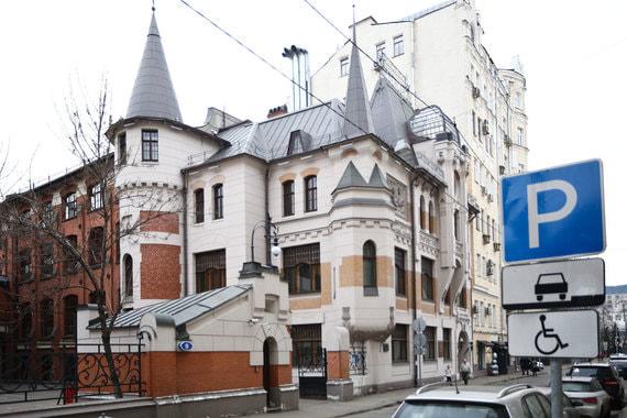 normal m2j ФСК может арендовать здание на Патриарших прудах под штаб квартиру