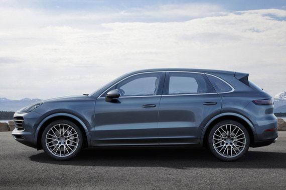 Рейтинг любимых машин власти замыкает Porsche. Автомобили немецкой компании встречаются в декларациях 21 чиновника. Практически все из них предпочитают кроссовер Porsche Cayenne