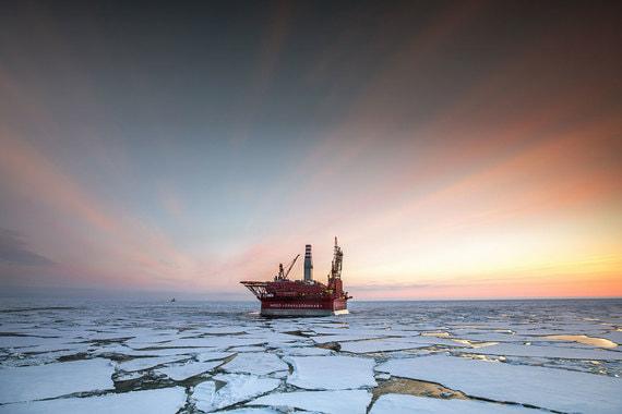 Платформа «Газпром нефти» на Приразломном месторождении в Печорском море. Добыча на нем началась в 2013 г.