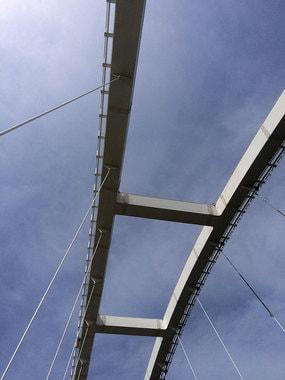 Арка автомобильного моста