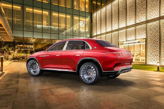 Компания не говорит, будет ли подобный автомобиль запущен в серию. Если концепт получит продолжение, он станет конкурентом роскошного кроссовера Bentley Bentayga и перспективным моделям Ferrari и Rolls-Royce, которые собираются добавить в модельные линейки SUV