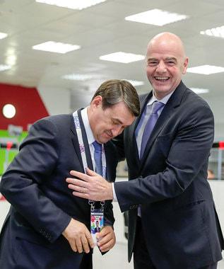 Помощник президента Игорь Левитин и президент FIFA Джанни Инфантино