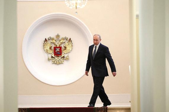 В этот раз президенту не пришлось ехать от Белого дома до Кремля