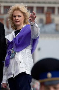 2010 г., министр здравоохранения и социального развития