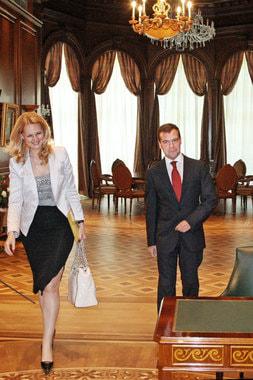 2008 г., министр здравоохранения и социального развития в правительстве Владимира Путина. Встреча с президентом Дмитрием Медведевым
