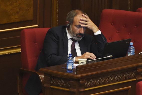 1 мая. Голосование в парламенте. Правящая Республиканская партия Армении отказывается поддержать Пашиняна, а без нее голосов для назначения недостаточно. Акции протеста в Армении возобновились